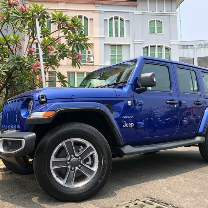 Jual Jeep Wrangler Sahara 2 0 At 2018 2019 New Model Vivied Blue On Black Kota Tangerang Selatan Auto High Cars Tokopedia