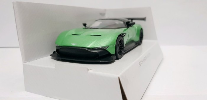 Jual Diecast Kinsmart Aston Martin Vulcan Jakarta Pusat Tiostore2020 Tokopedia