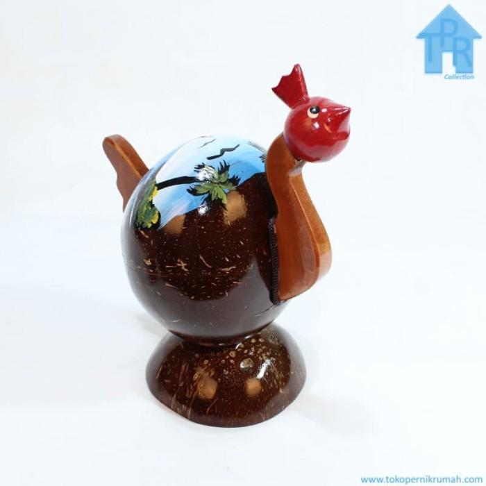 Foto Produk Kerajinan Batok Kelapa│Celengan Ayam Lukis Pantai dari Toko Pernik Rumah