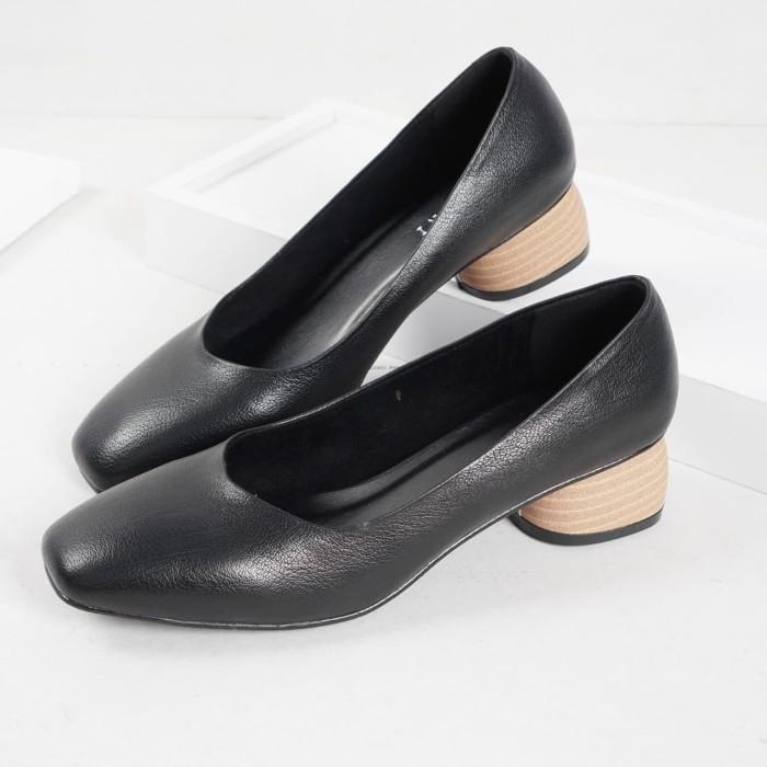 Foto Produk Guzzini MN 356 Hitam - Sepatu Heels Polos Casual 3cm dari Guzzini