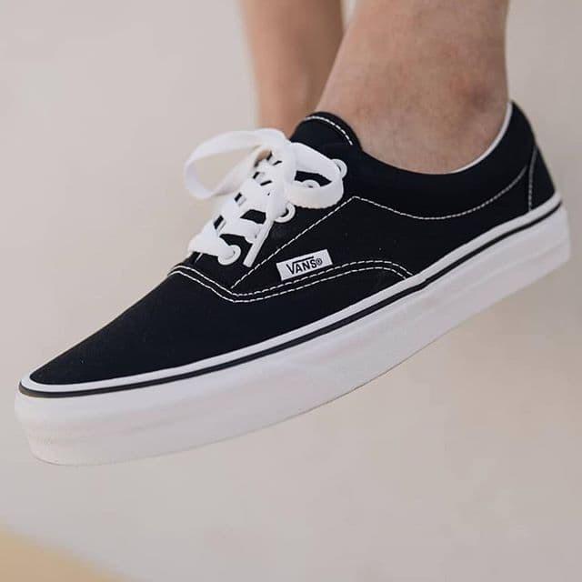 Jual Vans Era Classic Black White