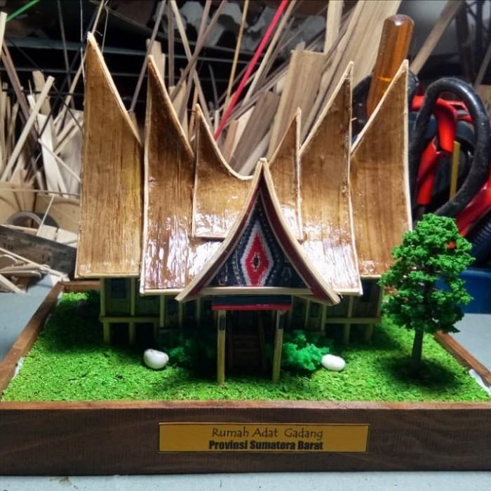 Jual Miniatur Rumah Gadang Minang Sumatera Barat Kota Cimahi Arqee Art Tokopedia