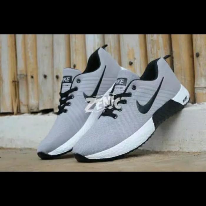 Foto Produk Sepatu Olahraga Pria Lari Senam Sport Sneakers Kasual Santai Jalan Cas - Abu List Hitam, 43 dari Killafashion22