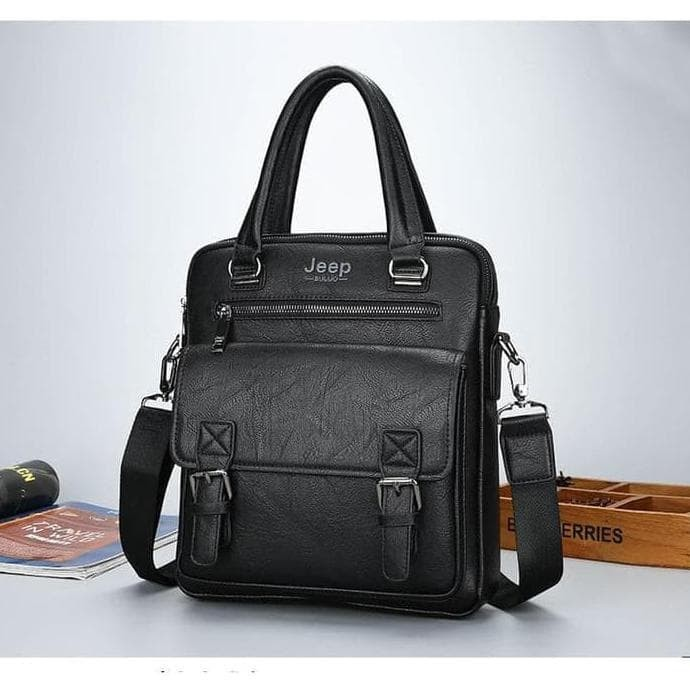 Foto Produk Jeep Tas Selempang Messenger Bag Kulit Maskulin Pria - 8001 - Black dari Camden Lock Market