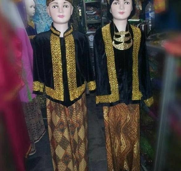 Jual Reseller Open Baju Pakaian Adat Jawa Tengah Ewes Ewes Bludru Kab Kediri Yanti1231 Tokopedia
