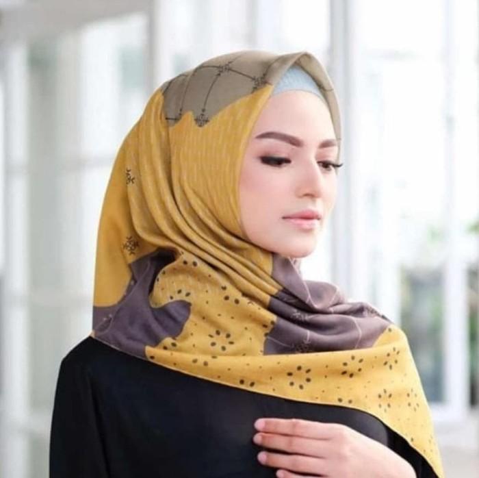 Jual Hijab Segi Empat Deenay Kuning Motif Terbaru Jakarta Barat Toko Juman Tokopedia