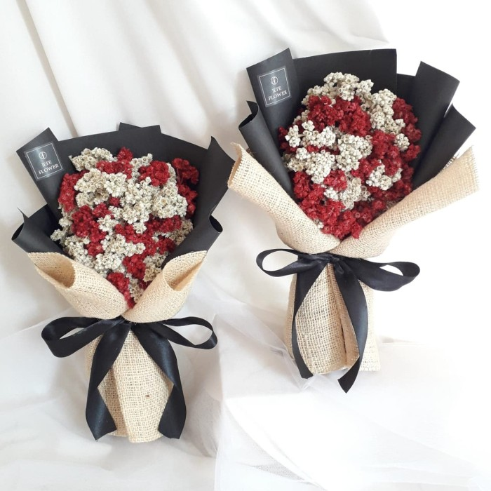 Jual Black Rustic Edelweis Buket Bunga Abadi Merah Dan Putih Kab Sleman Jefe Flower Shop Tokopedia