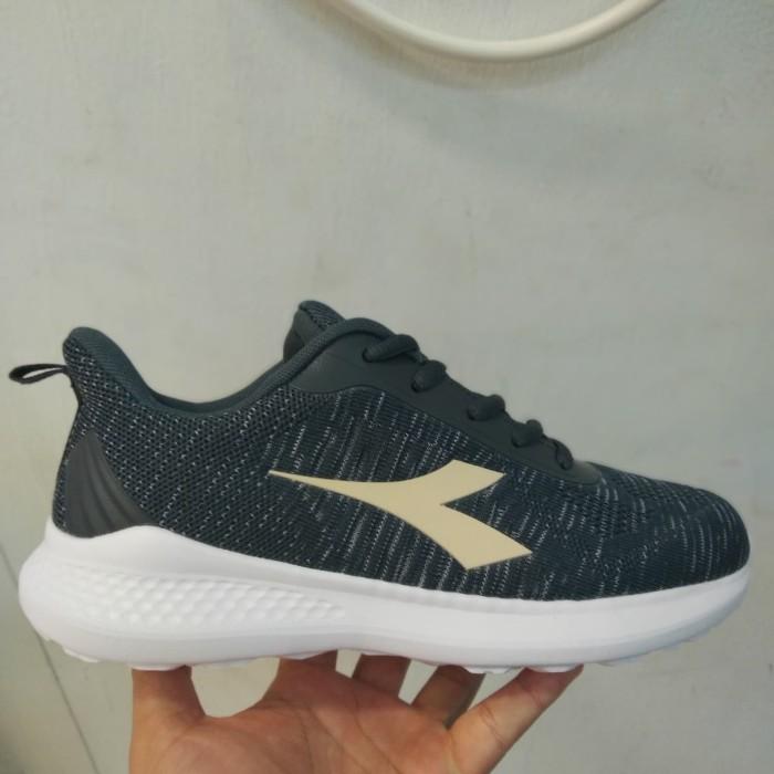 Jual Sepatu Diadora Original Running Jean Grey Women Kota