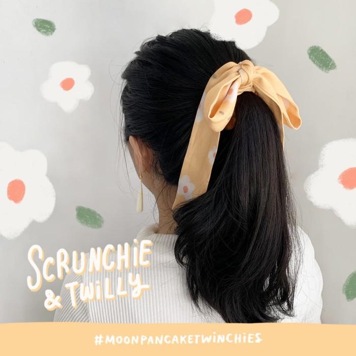 Foto Produk Moon Pancake Twinchies (Twilly + Scrunchies) - Hazed Brown dari Moon Pancake