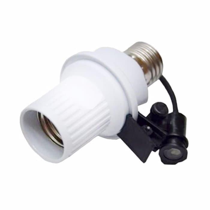 Foto Produk KUKE T-668 Fitting Sensor E27 Lampu Otomatis Cahaya Siang Dan Malam dari KUKE