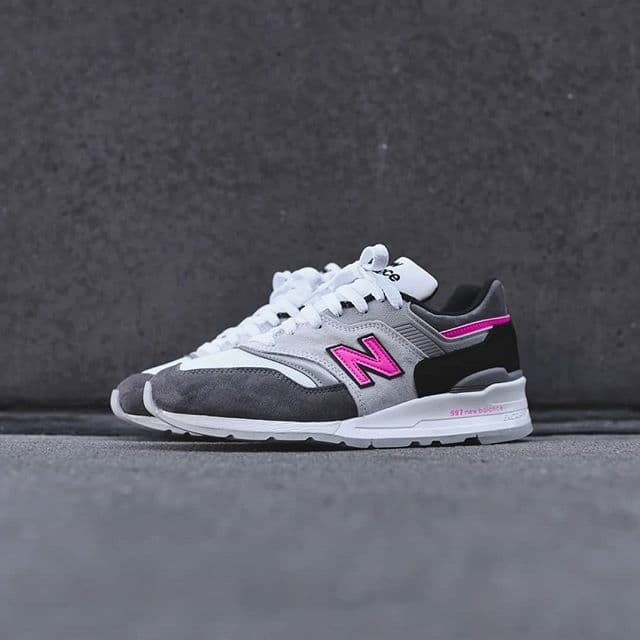 pink and gray new balance shoes