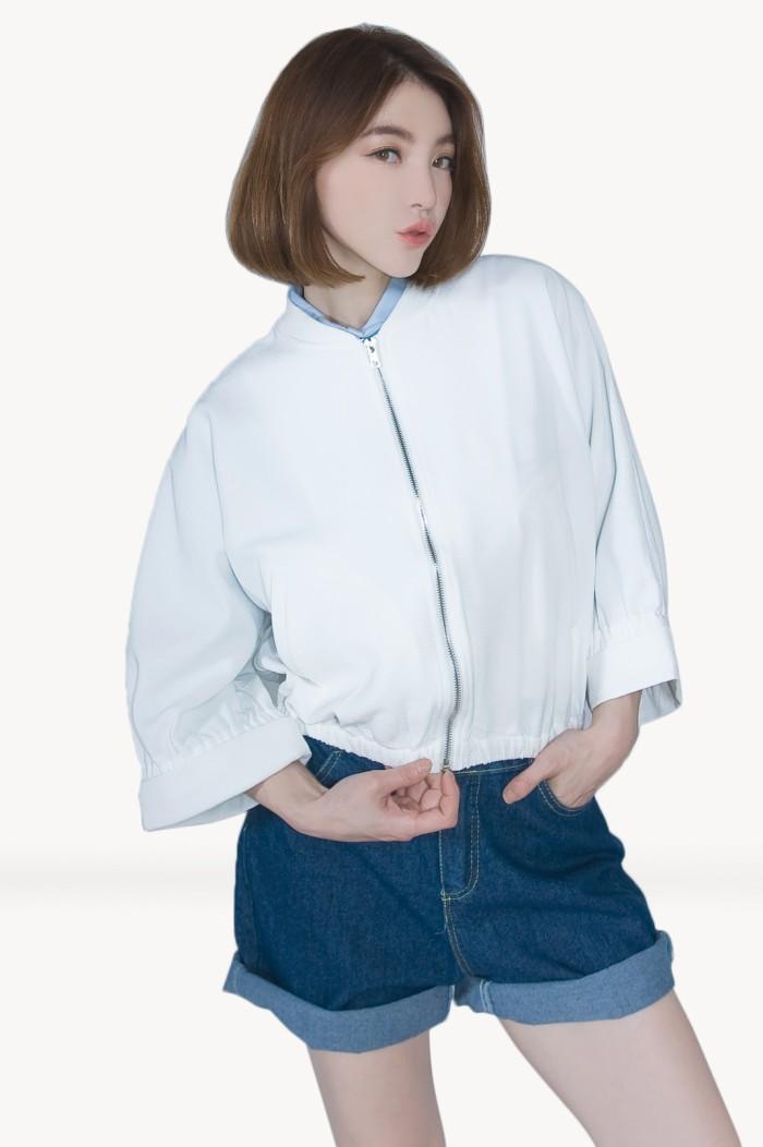 Foto Produk Kakuu Basic - Crop Zipper Jacket dari Kakuu Basic