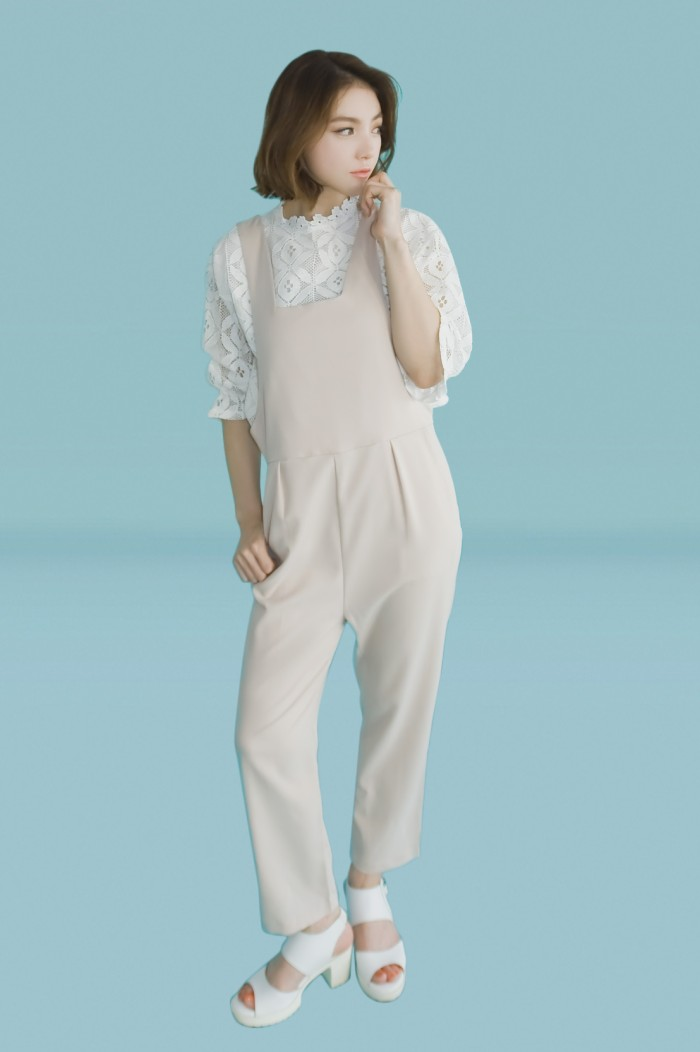 Foto Produk Kakuu Basic - Square Neck Jumpsuit dari Kakuu Basic
