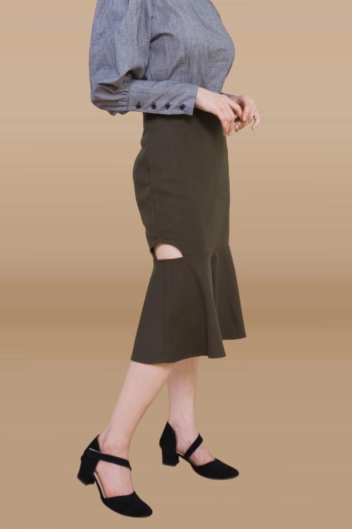 Foto Produk Kakuu Basic - Side Slit Mermaid Skirt dari Kakuu Basic