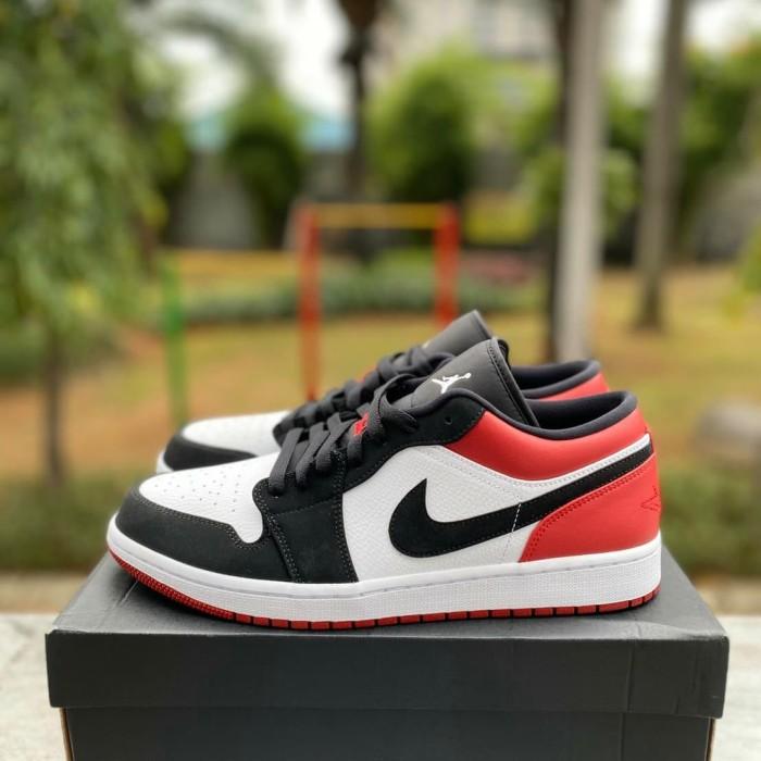 Jual Nike Air Jordan 1 Low Black Toe