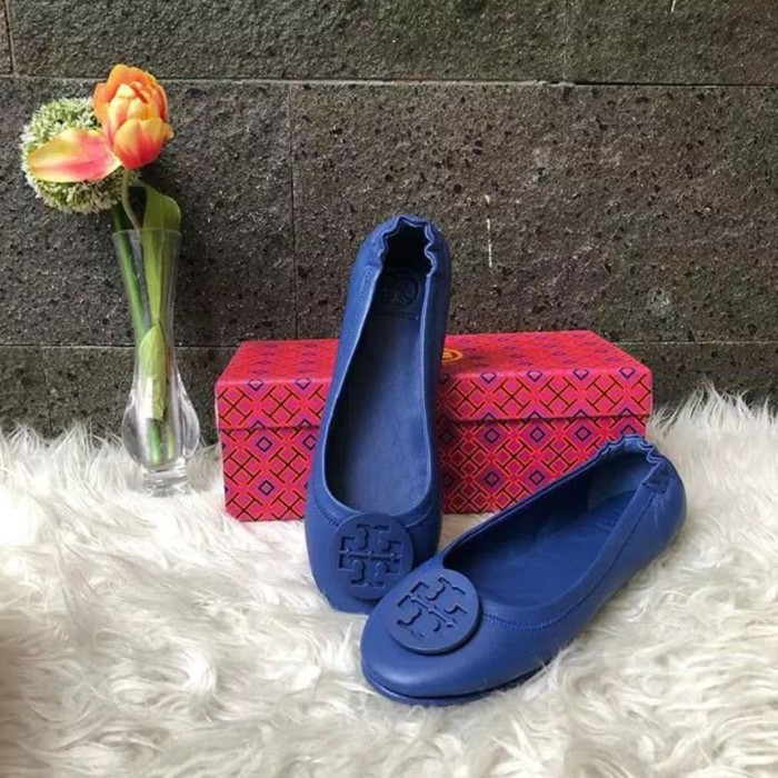 Foto Produk TB minnie flat travel shoes dari Barang Copotan Motor