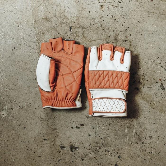 Foto Produk Riding Gloves V - L dari Revolt Industry