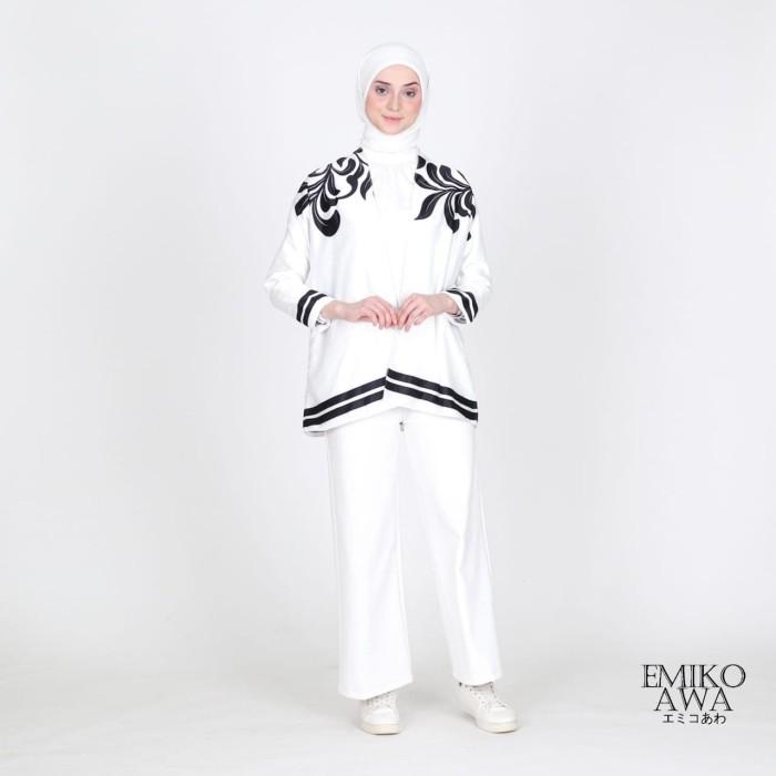 Foto Produk Outer Grey&Black Emikoawa / Cardigan / Souvenir / Berkualitas - WHITE dari emikoawa