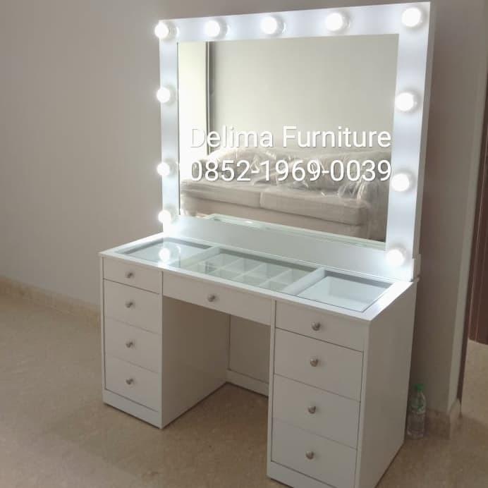 Jual meja rias vanity mirror/lampu led/meja rias duco ...