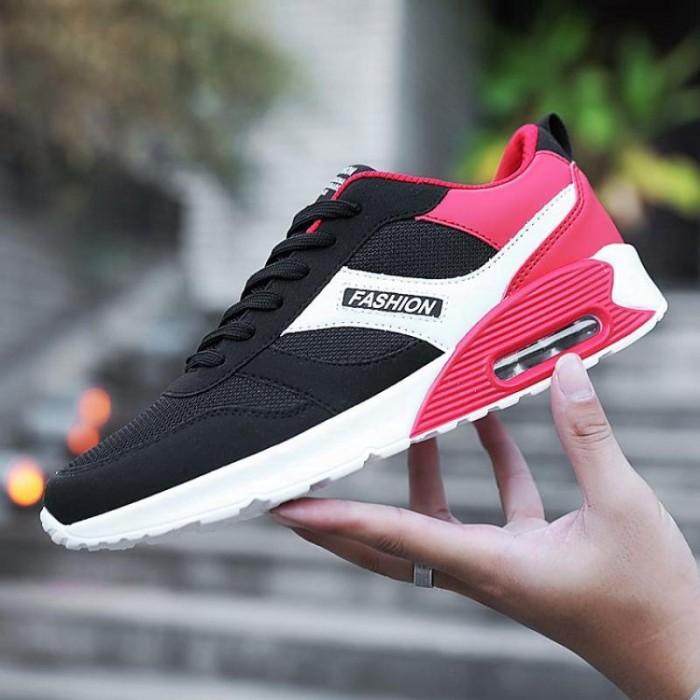 10 Tips Berbelanja Sepatu Atletik Yang Sempurna