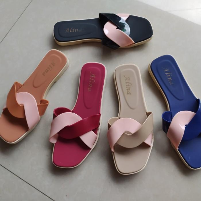 Foto Produk Sandal Wanita Jelly Sandal Premium Whorl New Sendal wanita selop karet dari Gracia OS