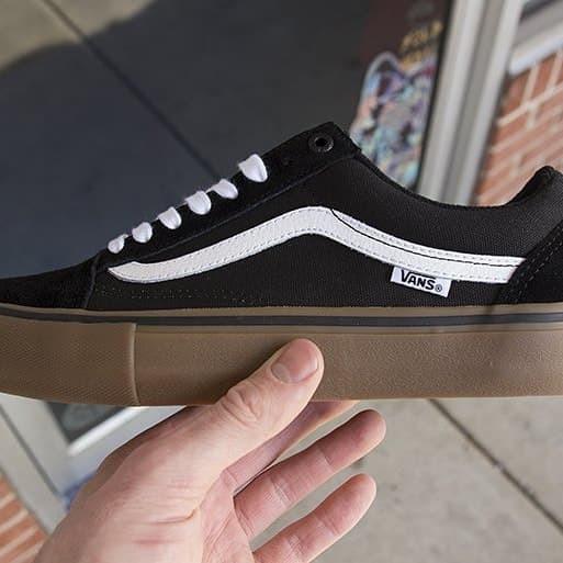 vans old skool black rubber