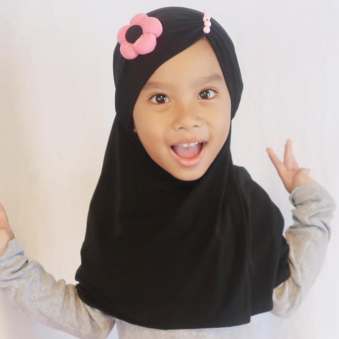 Foto Produk Jilbab Sunny - Hitam, S dari QIZ Boutique