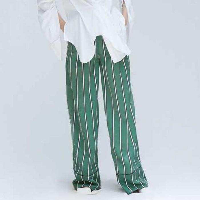 Foto Produk Green Stripes Semi Wool Wide Leg Pants - S dari Rentique