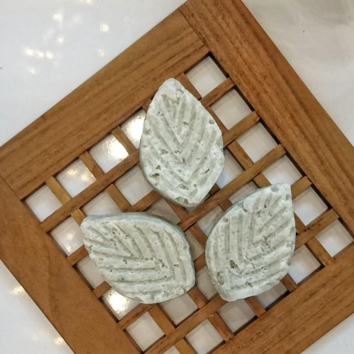 Foto Produk GREEN ON ME SHAMPOO BAR - Shampoo Spirulina dari LUVU NATURAL