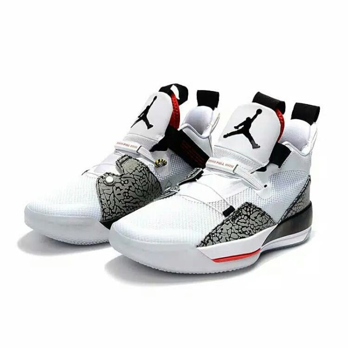 Nike Air Jordan 33 XXXIII White Cement