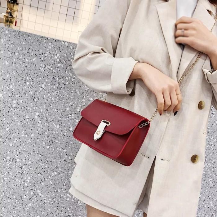 Foto Produk Clutch bag wanita tas selempang mini Korea import - Hitam dari Naufal Galery