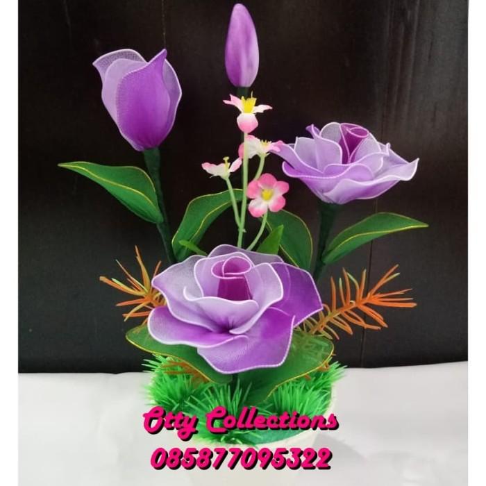 Jual Mawar Ungu Bunga Hias Artificial Bunga Mawar Bahan Kain Stoking Jakarta Utara Otty Collections Tokopedia