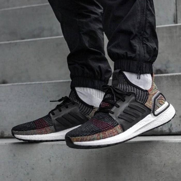 Jual Adidas ultraboost 2019 Multicolor