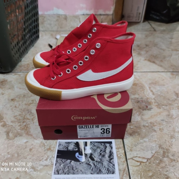 Foto Produk sepatu Compass Gazelle hi red gum dari localid01