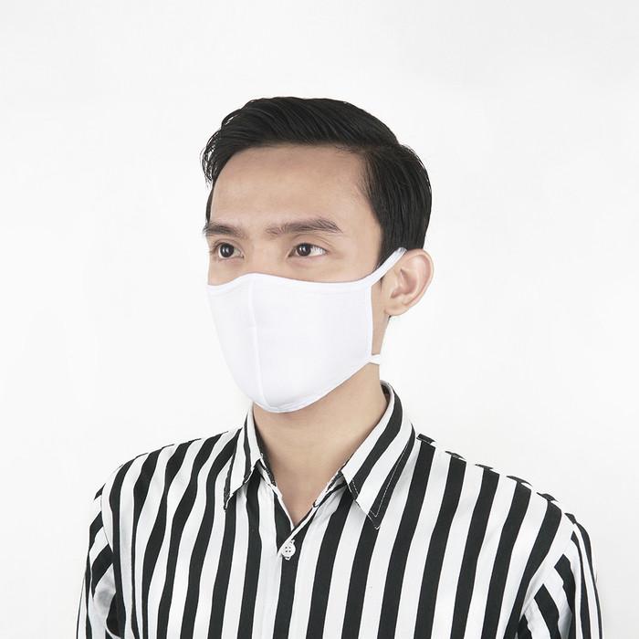 Foto Produk Flyman Masker Kain Katun Hitam 6 PCS Curved MSK 3353 - Putih dari Flyman Nathalie Store