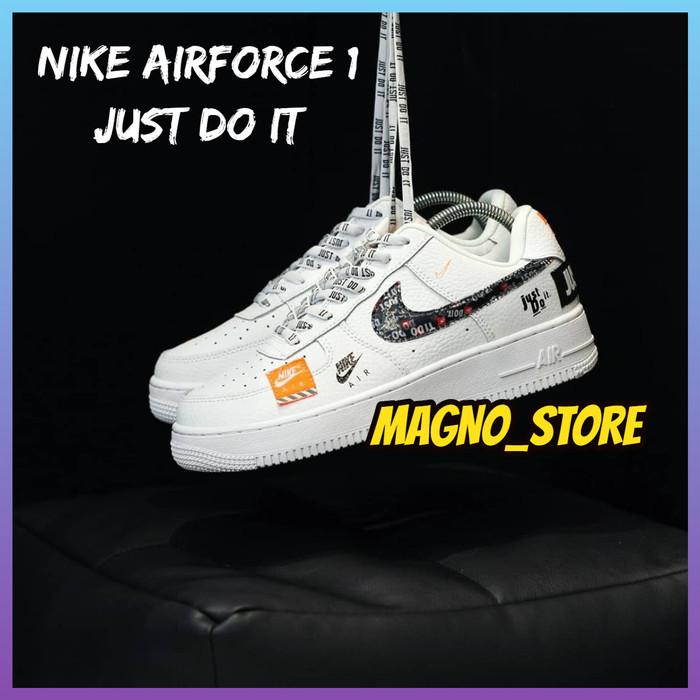 Foto Produk SEPATU WANITA NIKE AIR FORCE 1 JUST DO IT WHITE SNEAKERS IMPORT WANITA - 40 dari magno_store