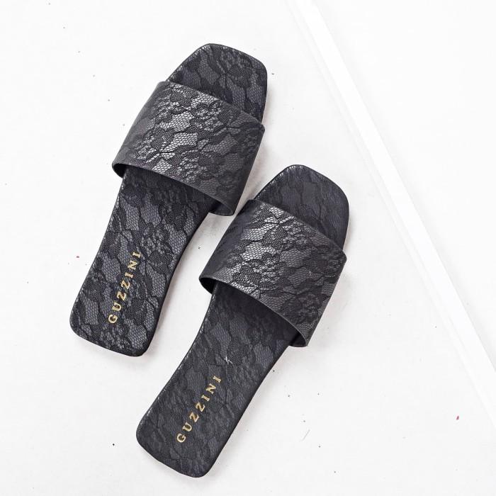 Foto Produk Guzzini FB L02 Hitam - Sandal Flat Kokop Casual Wanita Motif Bunga dari Guzzini