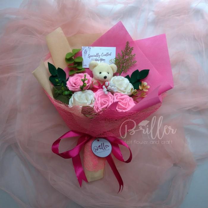 Jual Buket Bunga Flanel Buket Wisuda Ultah Rose Size M Doll Bisa Custom Kab Bogor Briller Tokopedia