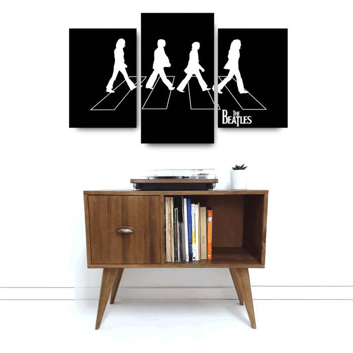 """Foto Produk """"The Beatles B&W"""" Poster Kayu (Multipanel) dari Arkham Inc"""