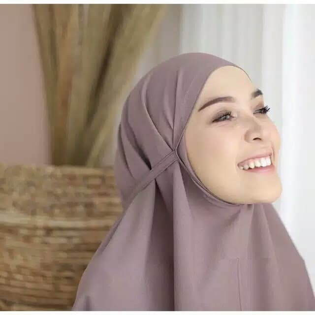 Jual Pilihan Warna Banyak Kerudung Instant Hijab Tali Belakang Bergo Maryam Hitam Kab Bandung M O M M Y Tokopedia