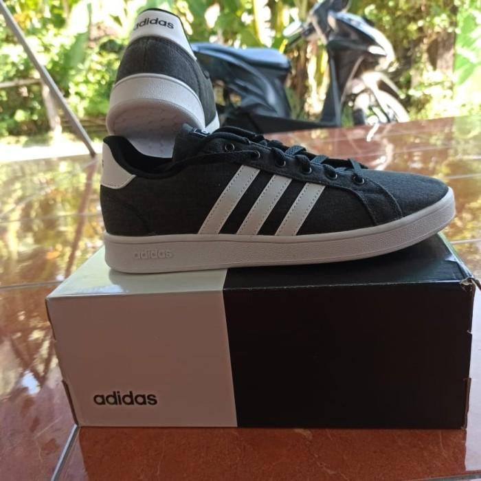 Foto Produk Adidas TENNIS Grand Court Shoes Unisex Hitam EG1517 dari BeGe Shop Jogja