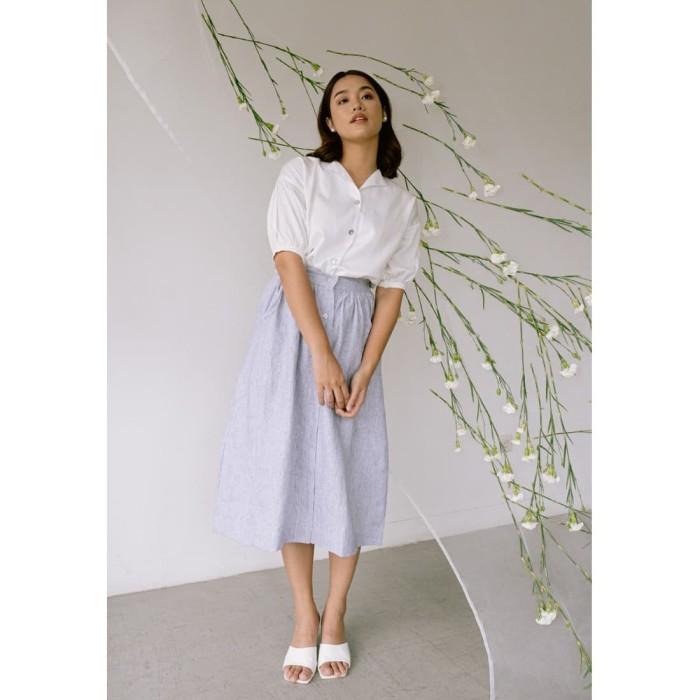 Foto Produk Veyl Aiden Top Warna Putih Bahan Tencel - S dari VEYL Store