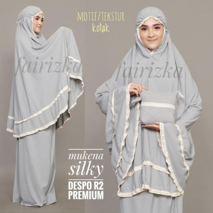 Foto Produk Kado Mukena Despo Silky R2 motif kotak dari Pakaian Muslim FAIRIZKA