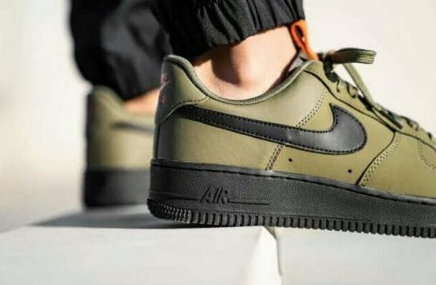 Jual Nike Air Force 1 07 LOW Olive