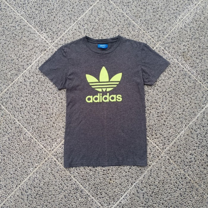 Jual Adidas Logo Grey Kab Labuhanbatu Banditkarung Brand Tokopedia
