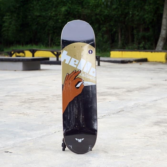 Foto Produk Idlehand series black size 8x31.6 dari Hello Skateboards
