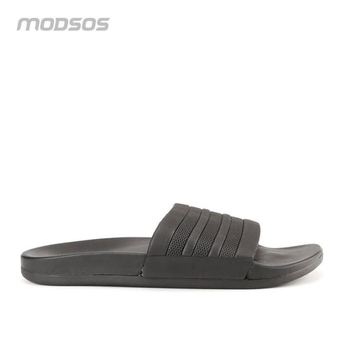 Foto Produk Sandal adidas original Adilette Comfort black pria dari Modsos