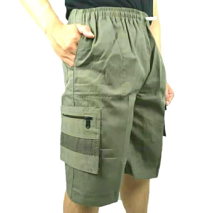 Foto Produk Celana Pendek Santai Cargo / Pria /Gaul/ Katun/All size fit to XL - Hitam dari NABILA SHOP 88