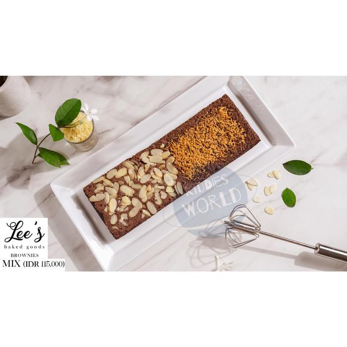 Foto Produk Lee's Baked Goods BROWNIES Whole / Half / Mix - Mix dari Kiddies World