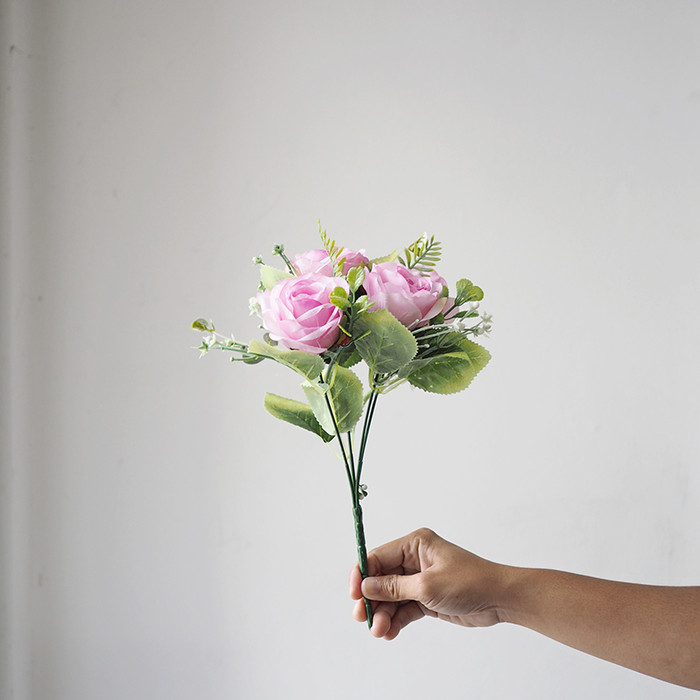 Jual Bunga Mawar Tangkai Pendek Artificial Medium Pastel Rose B19001 Pink Jakarta Utara Flowercornerid Tokopedia